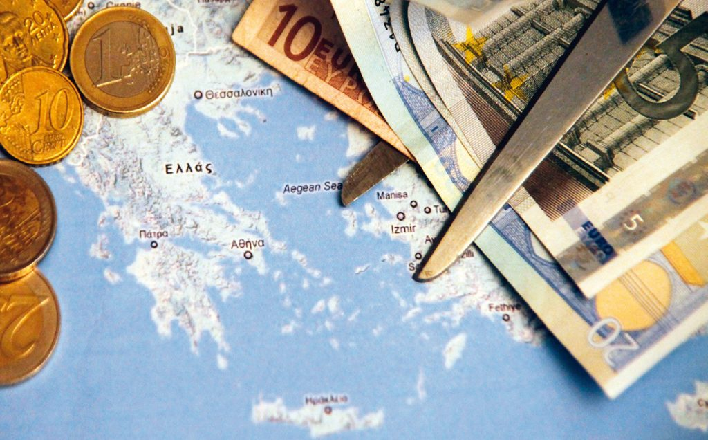 Κούρεμα χρέους κατά 64% 14
