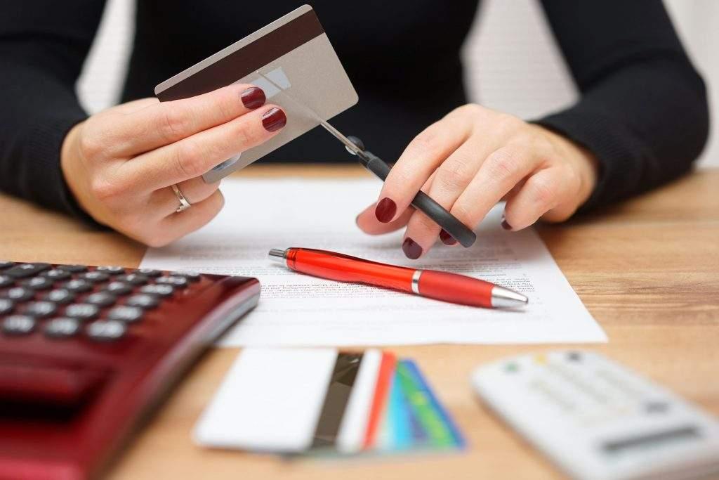 κούρεμα τραπεζικού χρέους σε ποσοστό 76% 13
